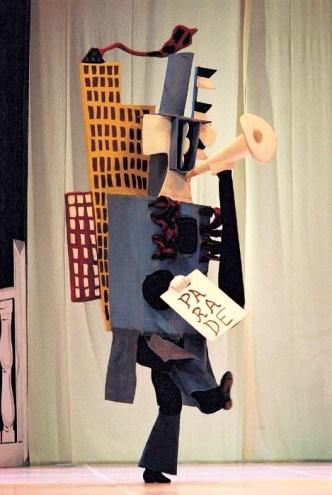 artoris-magazine-picasso-parade-ballet-costume