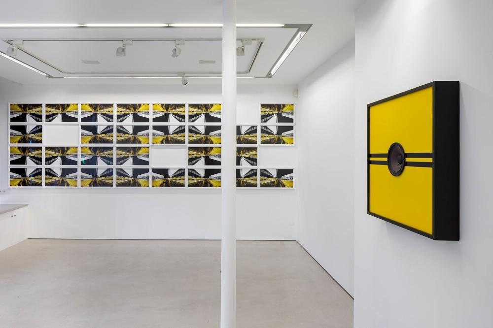 Oeuvres d'Emeka Ogboh à la Galerie Imane Farès, photographiées par TADZIO